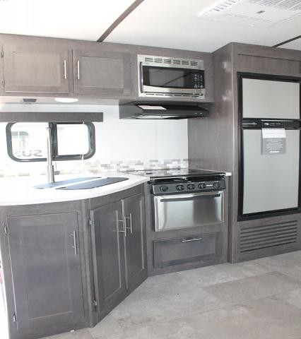 2018 CrossRoads Sunset Trail 289QB Travel Trailer Bunkhouse 1 Slide Outside Kitchen w/Grill Dinette in Bunk Room Duncan SC