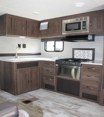 2018 CrossRoads Zinger 280BH Travel Trailer Bunkhouse 1 Slide Outside Kitchen Outside Shower Theater Seating 3 Year Structural Warranty Duncan SC