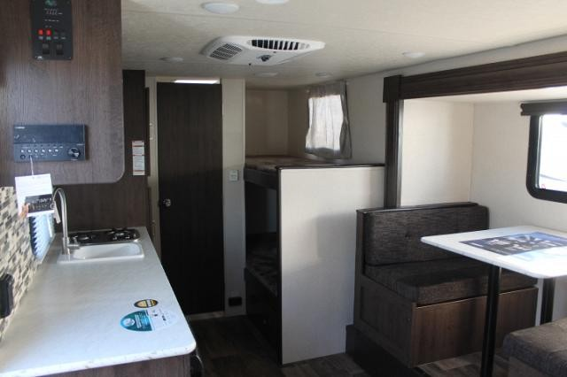 2018 Forest River Salem FSX 207BH Travel Trailer Bunkhouse 1 Slide Large Counter Storage Access Light Weight Duncan SC