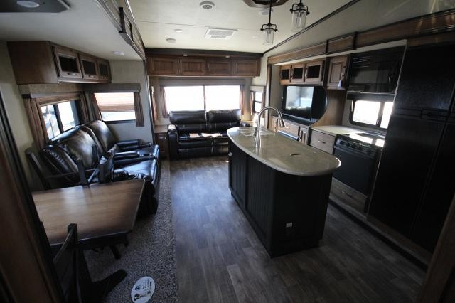 2018-Grand-Design-RV-Reflection-367BHS-Mid-Bunk-4-Slide-Fifth-Wheel-Concord-NC-367used-70139.jpg