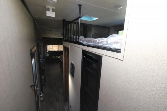 2018-Grand-Design-RV-Reflection-367BHS-Mid-Bunk-4-Slide-Fifth-Wheel-Concord-NC-367used-70153.jpg