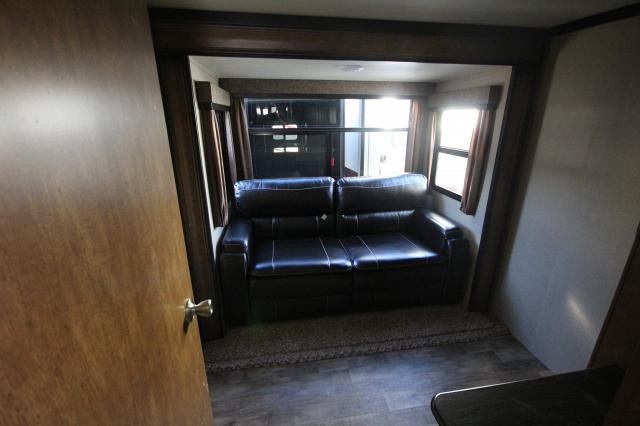 2018-Grand-Design-RV-Reflection-367BHS-Mid-Bunk-4-Slide-Fifth-Wheel-Concord-NC-367used-70155.jpg