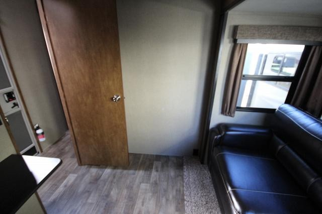 2018-Grand-Design-RV-Reflection-367BHS-Mid-Bunk-4-Slide-Fifth-Wheel-Concord-NC-367used-70157.jpg