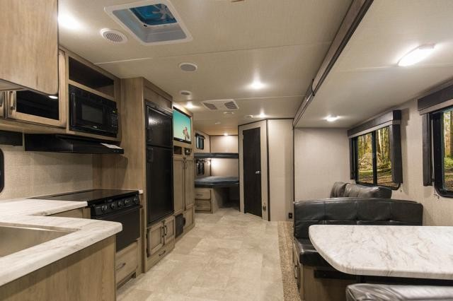 2018 Grand Design RV Transcend 27BHS Double Over Double Bunkhouse Outside  Kitchen Concord NC