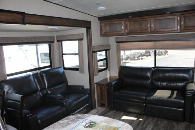2018 Grand Design Reflection 150 Series 295RL Rear Living 1/2 Ton Towable 2 A/C's Free Standing Dinette Duncan SC