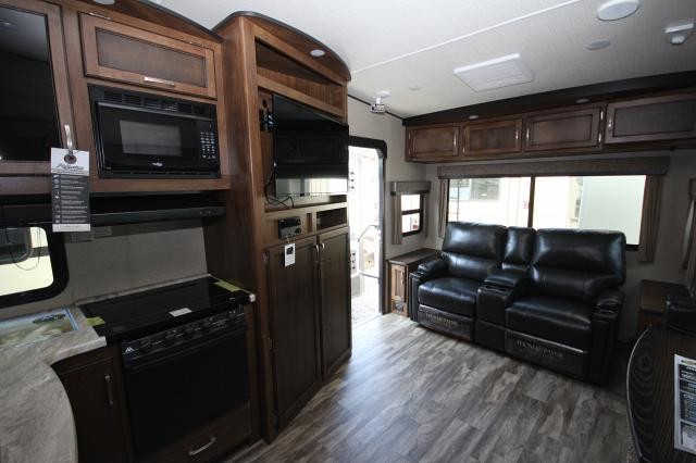 2018 Grand Design Reflection 230rl Rear Living Room Theatre Seating Lots Of Storage U Shaped