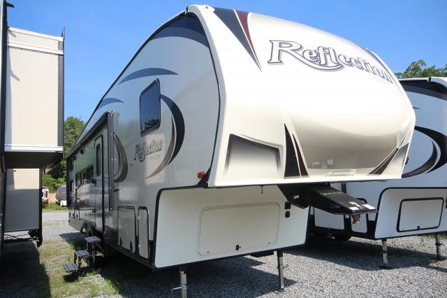 2018 Grand Design Reflection 28BH Super Lite Rear Double Over Double Bunks Outdoor Kitchen & Entertainment Fireplace U-Shaped Lounge Two Slides Nice Storage CONCORD NC