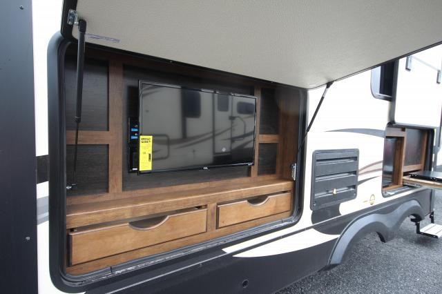 2018 Grand Design Reflection 297rsts Rear Living Outdoor