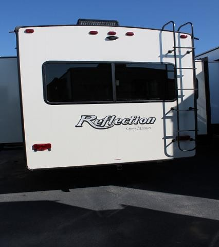 2018 Grand Design Reflection 303RLS 5th Wheel Camper Rear Living New Interior Colors 2 A/C's 3 Slides 2 Awnings Auto Level Fireplace Theater Seating Duncan SC