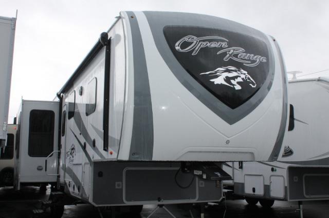 2018 Highland Ridge Open Range 348RLS 5th Wheel Camper Rear Living 3 Slides 2 A/C's King Bed Residential Fridge 4 Seasons Pkg 3 Year Limited Warranty Duncan SC