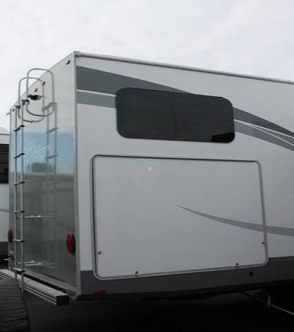 2018 Open Range 374BHS 5th Wheel Camper Bunkhouse Whisper A/C 2nd A/C in Bedroom Bath and 1/2 4 Slides Auto Level Backup Camera Outside Kitchen Theater Seating Fireplace Residential Fridge Big Wardrobe Duncan SC