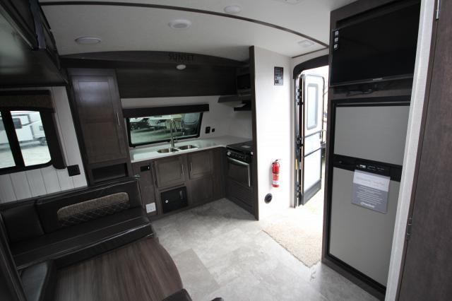 2018 Sunset Trail Grand Reserve 210FK Front Kitchen U-Shaped Dinette One Slide Outside Kitchen Modern Flat Screen TV CONCORD NC