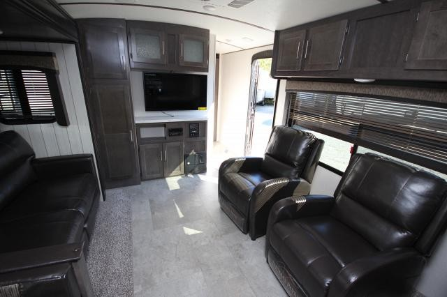 2018 Sunset Trail Super Lite 291RK Rear Kitchen Booth Dinette Recliner Seating Tri-Fold Sleeper Sofa Outside Kitchen Queen Bed Storage Space CONCORD NC