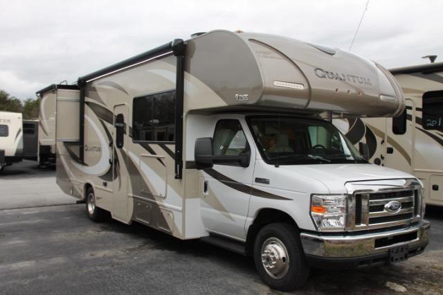 2018 Thor Quantum RW28 Class C Gas Motorhome Ford Chassis And V10 2 Slides Backup Mirror Cams Partial Paint Exterior 3 TVs Onan 4000 Generator Tankless