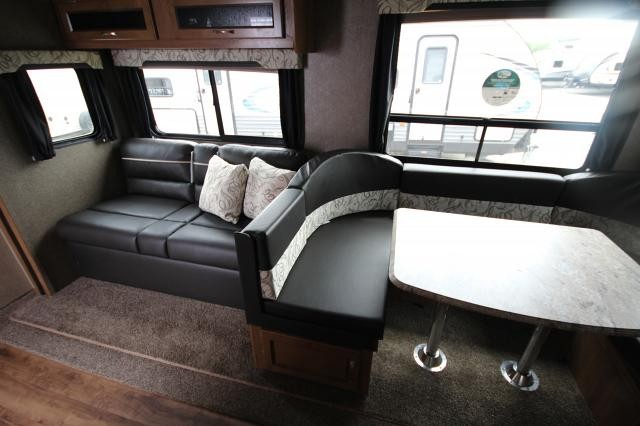 2019 Coachmen Catalina 273BHS Rear Double Bunks Rear Bath Full Shower One Slide U-Shaped Dinette 2nd Entry into Front Bedroom CONCORD NC