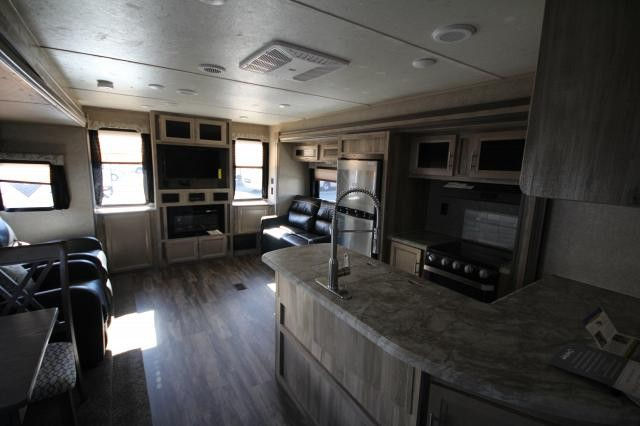 2019 Coachmen Catalina Legacy Edition 333RETS Rear Entertainment Fireplace Recliners Loveseat Corner Radius Shower Large Wardrobe Nice Layout CONCORD NC