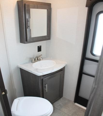 2019 CrossRoads Sunset Trail 331BH Travel Trailer Bunkhouse Bath and 1/2 3 Slides 2nd A/C Prep Outside Kitchen 2 Entry's 3 Year Limited Warranty Duncan SC
