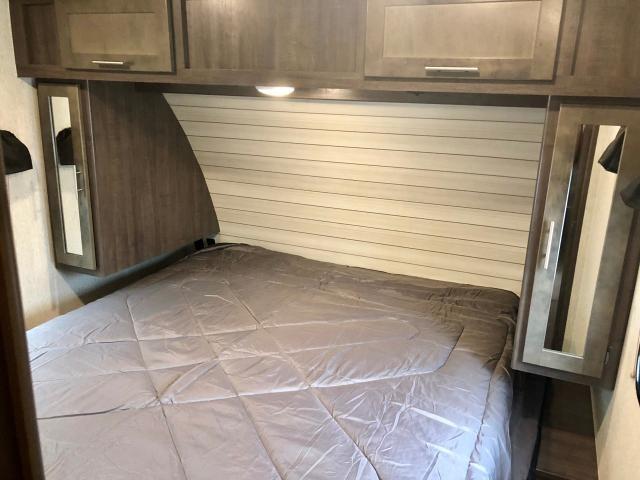 2019 Crossroads Sunset Trail 291RK Single Slide Rear Kitchen Travel Trailer Duncan SC