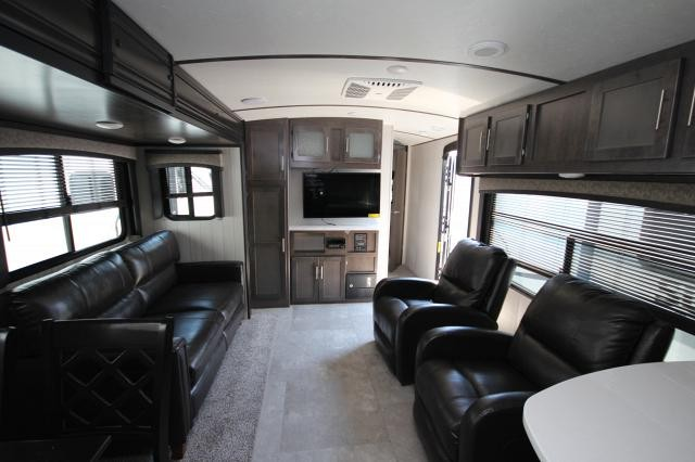 2019 Crossroads Sunset Trail Super Lite 291RK Rear Kitchen Booth Dinette Recliner Seating Tri-Fold Sleeper Sofa Outside Kitchen Queen Bed Storage Space CONCORD NC