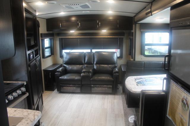2019 Grand Design Imagine 2500RL Travel Trailer Rear Living 1 Slide Huge Bathroom Queen Bed 3 Year Limited Warranty Duncan SC