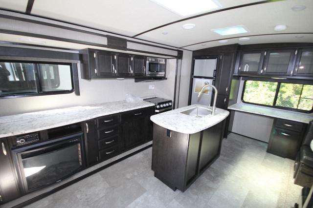 2019 Grand Design Imagine 2670MK Travel Trailer 2 Slides Heated Recliners Work Desk Retractable TV CONCORD NC