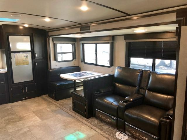 2019 Grand Design Imagine 2850MK Rear Kitchen Booth Dinette Counter Space Storage Theatre Seating Full Shower Outdoor Kitchen One Slide Modern Luxury CONCORD NC