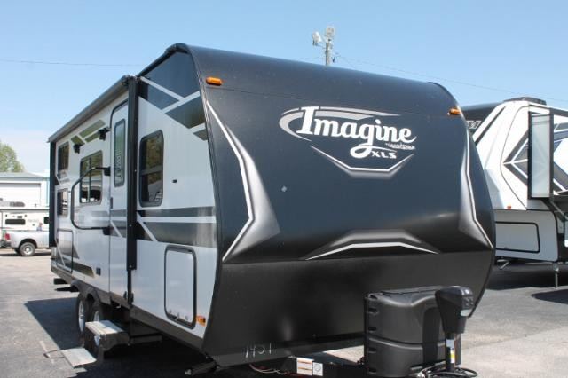2019 Grand Design Imagine XLS 21BHE Travel Trailer Bunkhouse Murphy Bed Outside Kitchen Power Jack and Awning Duncan SC