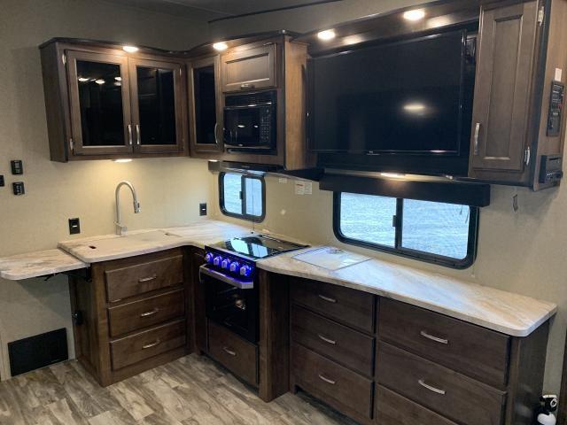 2019 Grand Design Reflection 150 Series 260RD Single Slide Light Weight Fifth Wheel Duncan SC