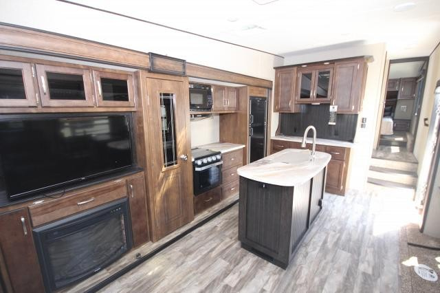 2019 Grand Design Reflection 295RL Rear Living Tv Fireplace Theatre Seating Kitchen Island Pantry Hutch Free Standing Dinette Storage Space Wardrobe CONCORD NC