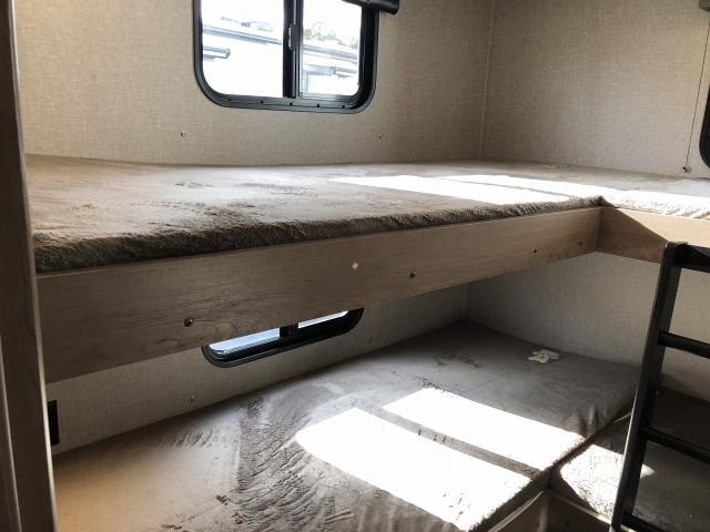 2019 Grand Design Transcend 32BHS Single Slide Bath And A Half Bunkhouse Travel Trailer Duncan SC