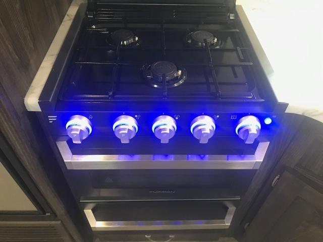 2019 Highland Ridge Open Range Ultra Lite 2710RL