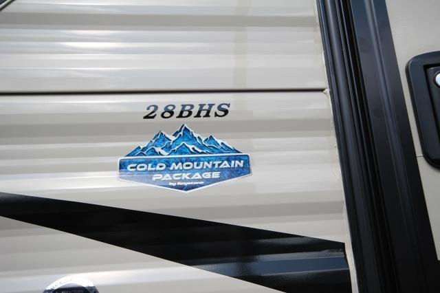 2019 Keystone Hideout 28BHS Rear Double Bunks U-Shaped Dinette 1 Slide 2 Entries Fold Away Steps CONCORD NC
