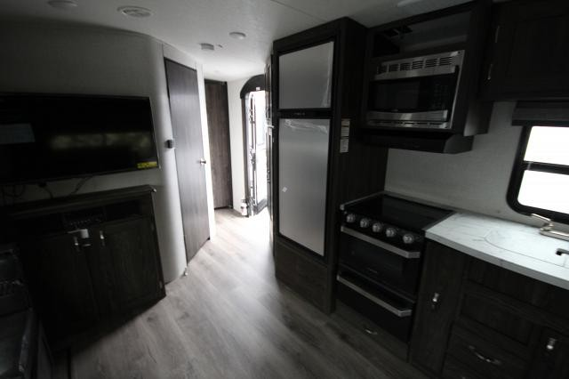 2019 Mesa Ridge 2410RL Rear Living Theatre Seating U-Shaped Dinette Corner Radius Shower One Slide CONCORD NC