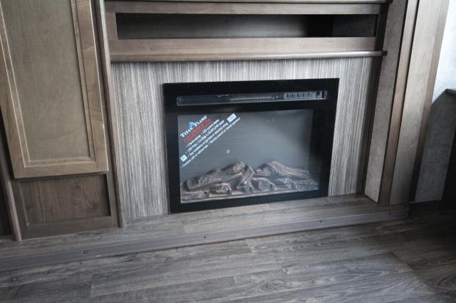 2019 Mesa Ridge 272RLS Rear Living Tri-Fold Sofa Theatre Seating Fireplace Kitchen Island Free Standing Dinette Spacious Bathroom W/ Corner Radius Shower Large Wardrobe 2 Slides Modern CONCORD NC