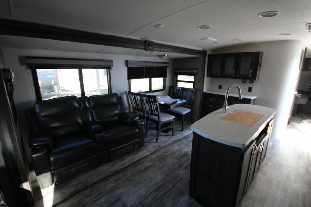 2019 Mesa Ridge 275RLS Rear Living Theatre Seating Tri-Fold Sofa Fireplace Free Standing Dinette Kitchen Island Pantry W/D Hookup Outdoor Entertainment 2 Slides CONCORD NC
