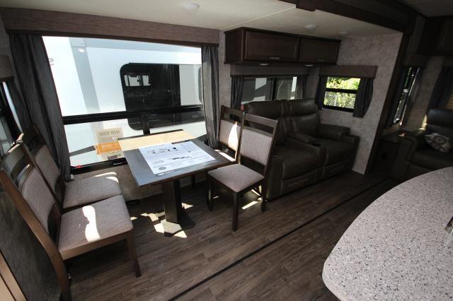 2019 Mesa Ridge 323RLS Rear Living Space 3 Slides Theatre Seating Free Standing Dinette Kitchen Island Spacious Bathroom CONCORD NC