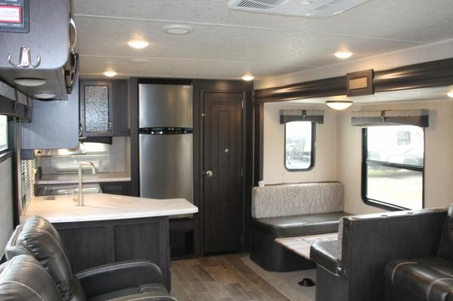 2019 Palomino Puma 28RKSS Travel Trailer Rear Kitchen 1 Slide Stainless  Appliances Large Pantry Outside Kitchen ...