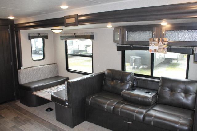 2019 Palomino Puma 28RKSS Travel Trailer Rear Kitchen 1 Slide Stainless  Appliances Large Pantry Outside Kitchen ...