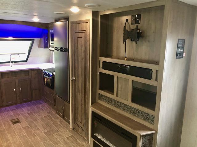 2019 Palomino Puma 31FKRK Travel Trailer Front Kitchen 2 Slides Residential Fridge 2 A/C's Fireplace W/D Prep Outside Kitchen w/Induction Cooktop Duncan SC