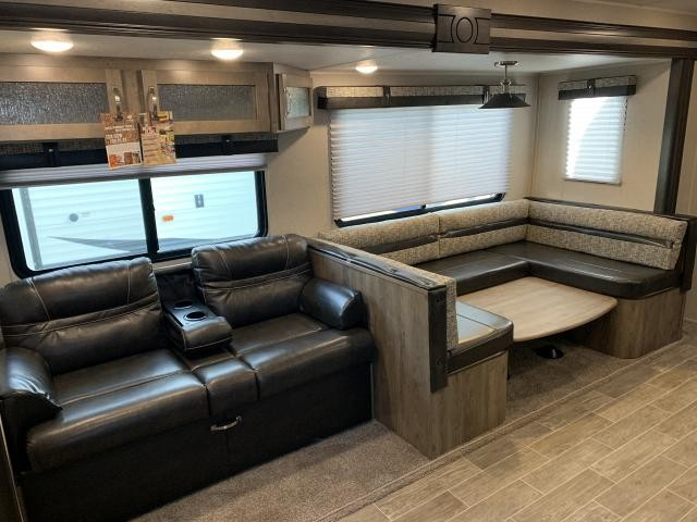 2019 Palomino Puma 31QBBH Double Slide Bunkhouse Travel Trailer Duncan SC