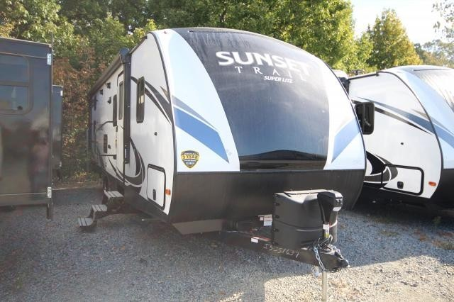 2019 Sunset Trail 262BH Rear Double Bunks Booth Dinette Full Shower One Slide Outdoor Kitchen CONCORD NC