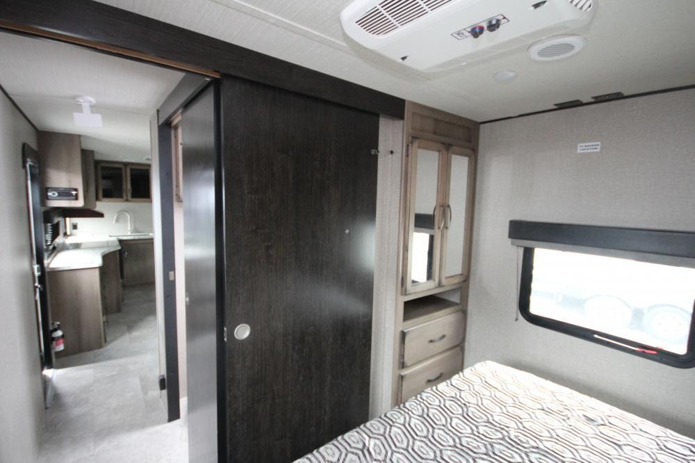2020 Grand Design Transcend 29tbs Rear Bunk Room One Slide
